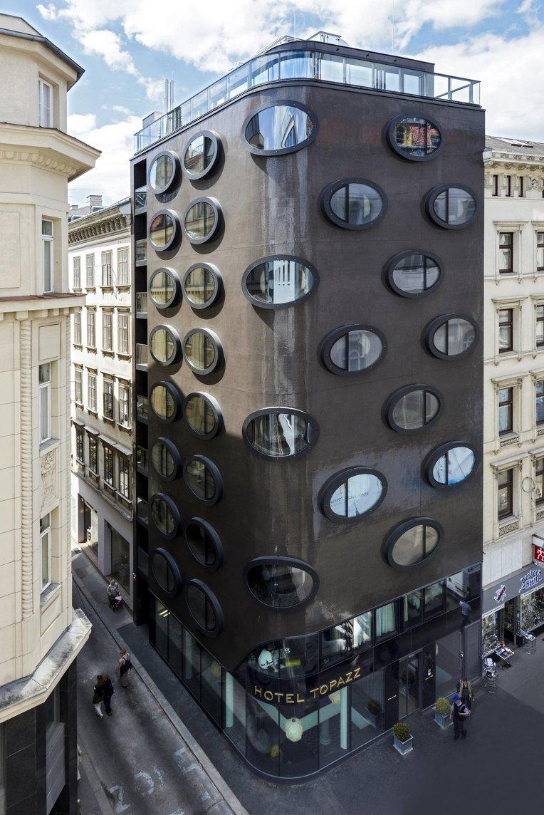 Hotel Topazz by BWM Architekten und Partner