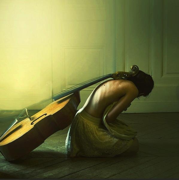 【世界奇迹】奥格kvalbein(大提琴) - 空山鸟语 - 月滿江南